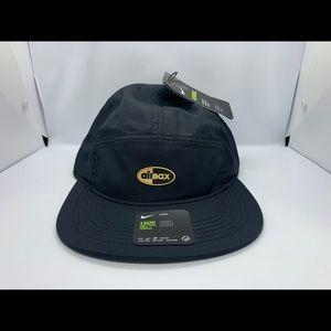 NIKE AIR MAX AEROBILL AW84 BLACK GOLD UNISEX CAP